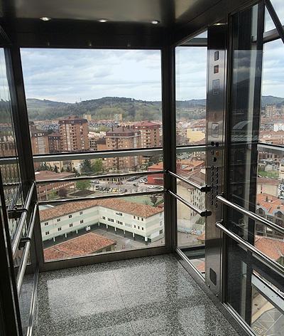 bespoke glass lifts