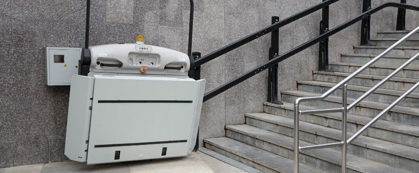 external wheelchair platform lifts